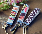 Absolutely LOVE these Ella Grace Key Fob Wristlets! #cpellagrace
