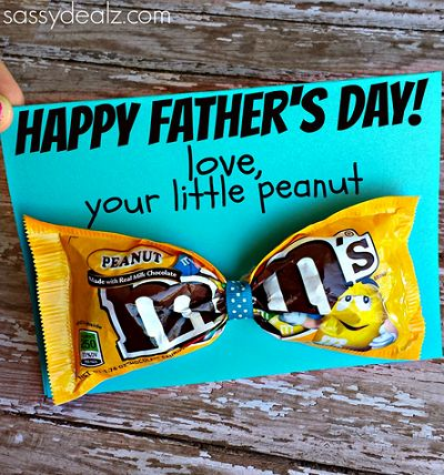 m&m tie fathers day card...