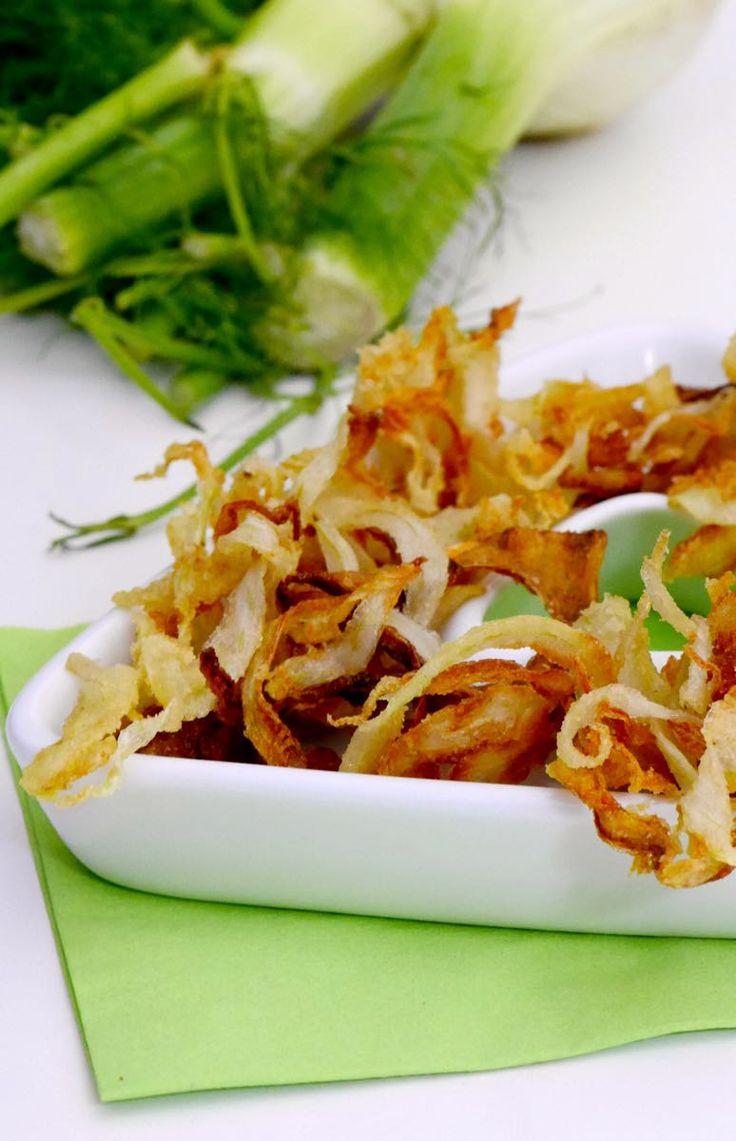 Petali di finocchi fritti croccanti