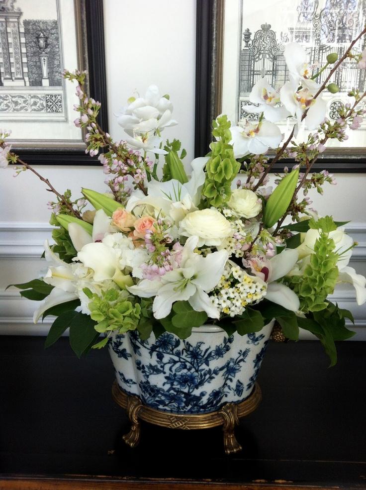 Gorgeous Floral Arrangement From Quot The Enchanted Home Quot Blog Creative Table Tops Pinterest