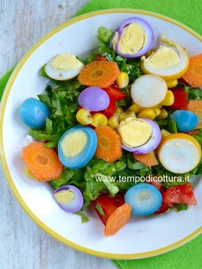 insalata con uova di quaglia colorate