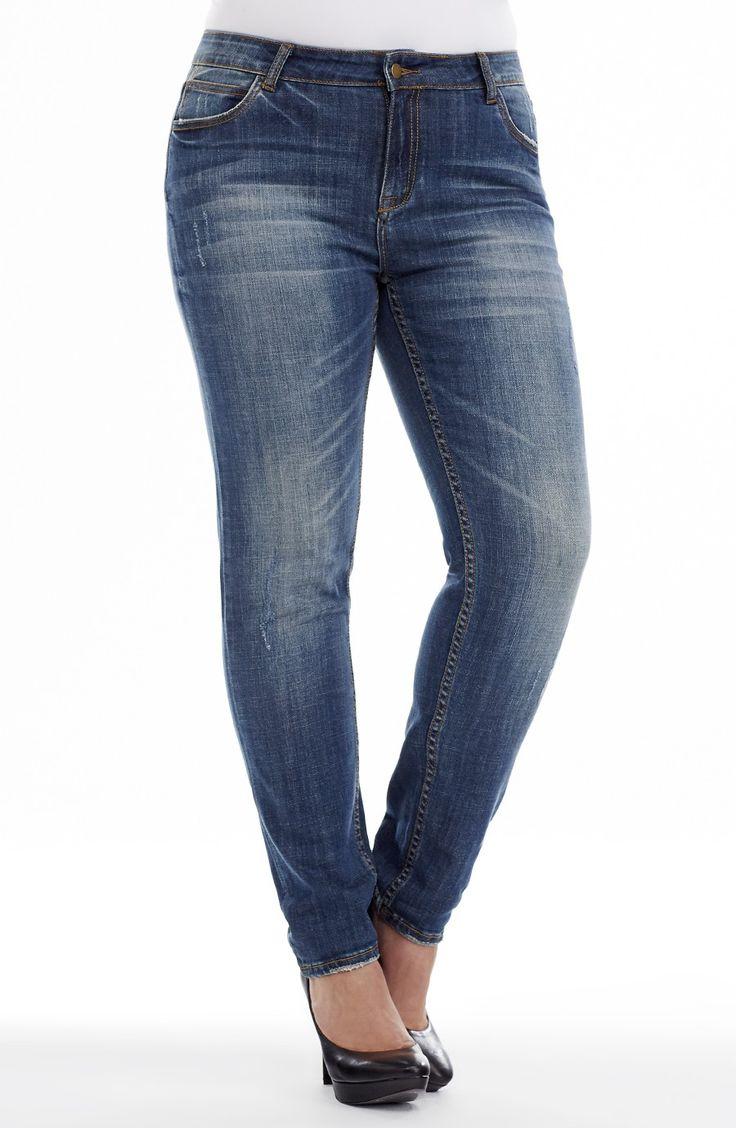 Distressed Wash Straight Leg \ indigo | Style No: J3095 Stretch Denim Straight Leg Jean. This Jean has 5 pockets and has a distressed wash denim. It has a whisker detail on the hips. #dreamdiva #dreamdivafiles #fashion #plussize