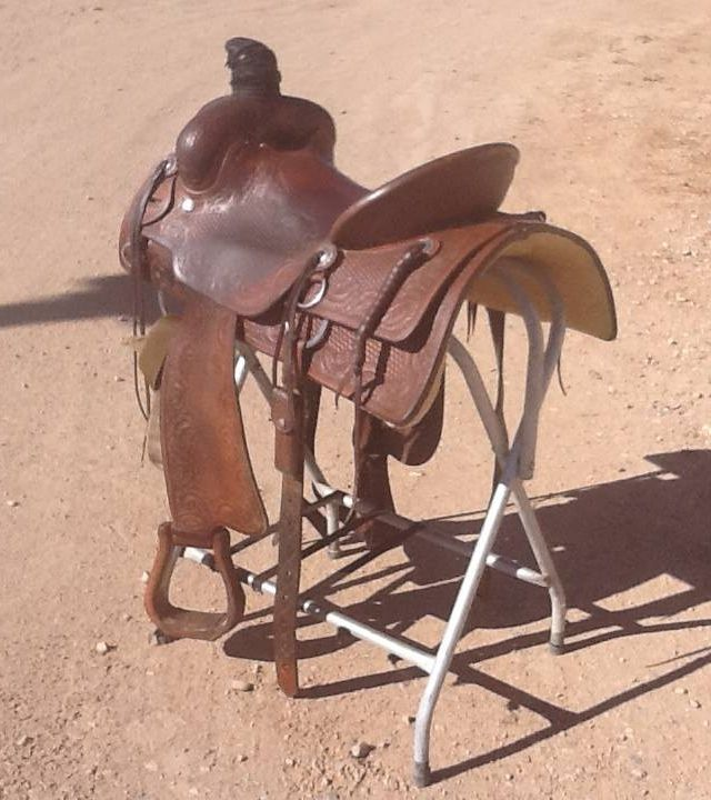 16 inch Bob's Custom Roping Saddle for Sale - For more information click on the image or see ad # 34503 on www.RanchWorldAds.com