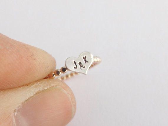 Make one special photo charms for you, 100% compatible with your Pandora bracelets. No son de compromiso, pero sí simbolizan una promesa a futuro