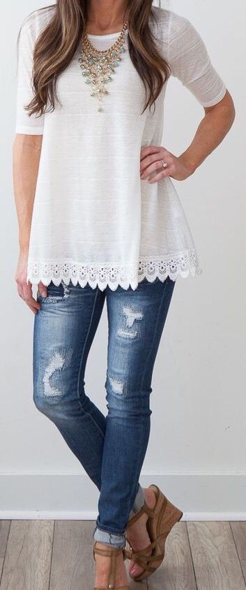 Love the trim on the bottom of this top. Love the fit and the easy feel. Casual…