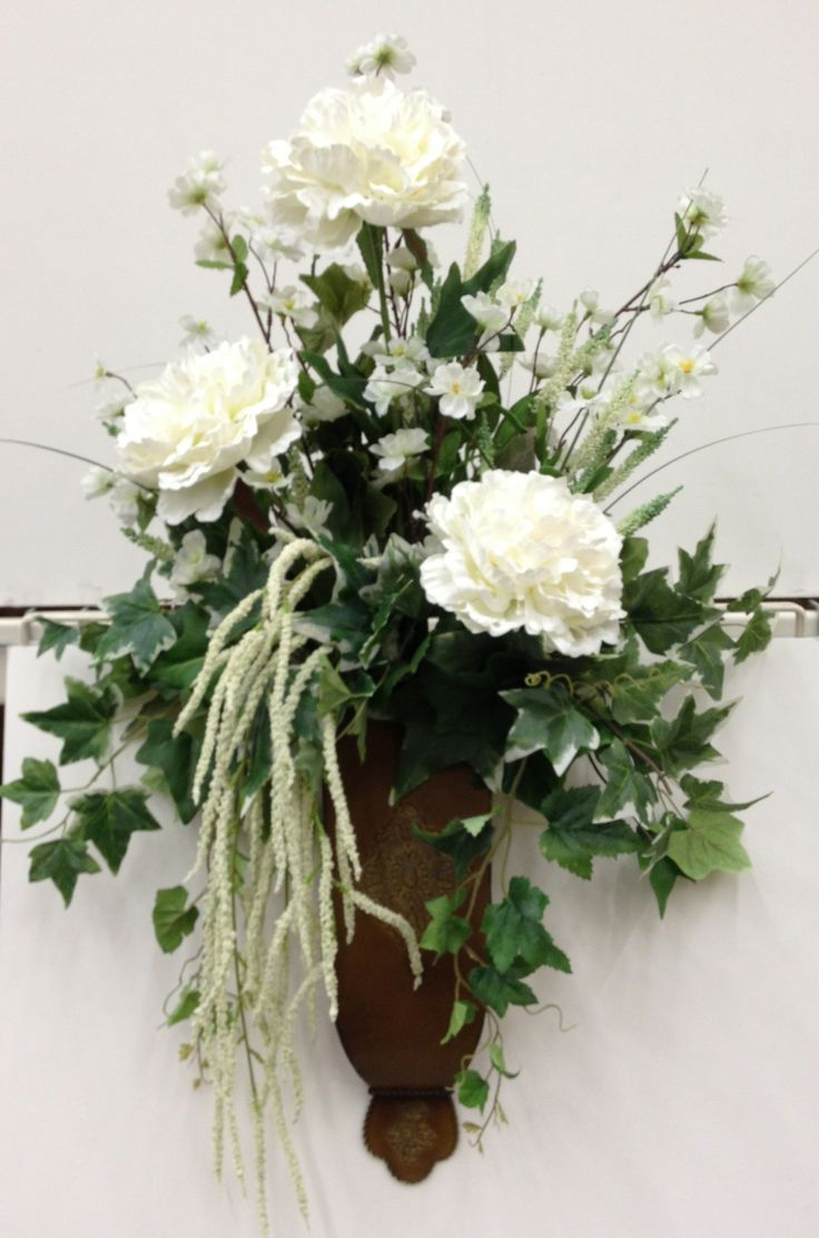 61 best images about wall flower arrangments on pinterest for Picture arrangements for large walls