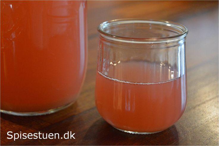 Hjemmelavet hyldeblomstsaft uden sukker dating 9