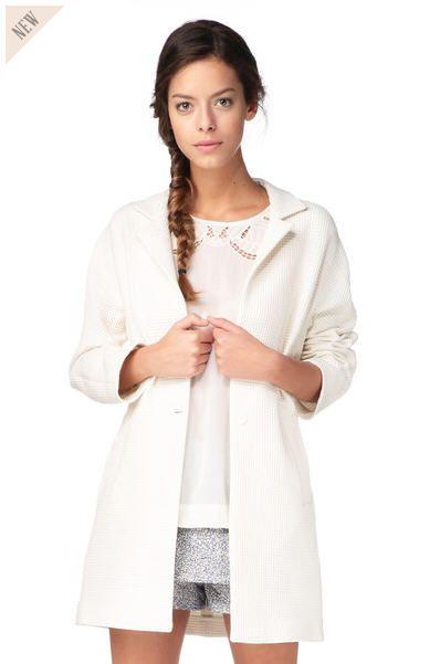 Manteau Femme Monshowroom, craquez sur le Manteau mi long Bacchus Ecru Paul & Joe Sister prix Monshowroom 285.00 €
