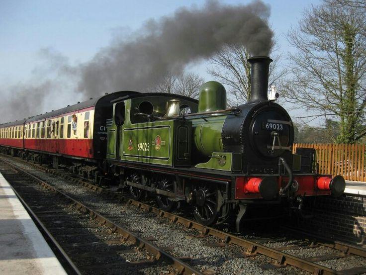 BR (LNER) (NER)  Worsdell J72 class  0-6-0 T