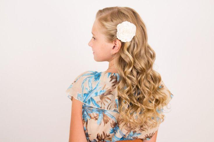 Как накрутить детские волосы. Children's Hairstyle for a Holiday