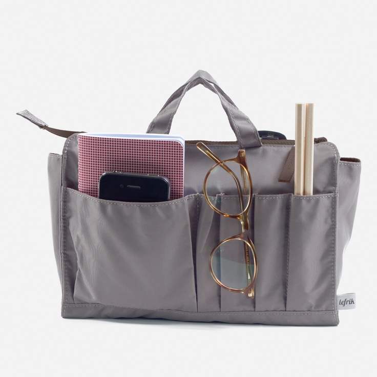 12 best images about storage on pinterest of 2 and - Organizador bolsos armario ...