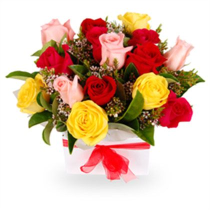 Send seasonal fresh flowers online that comes with a delicious surprise from Primogiftsindia