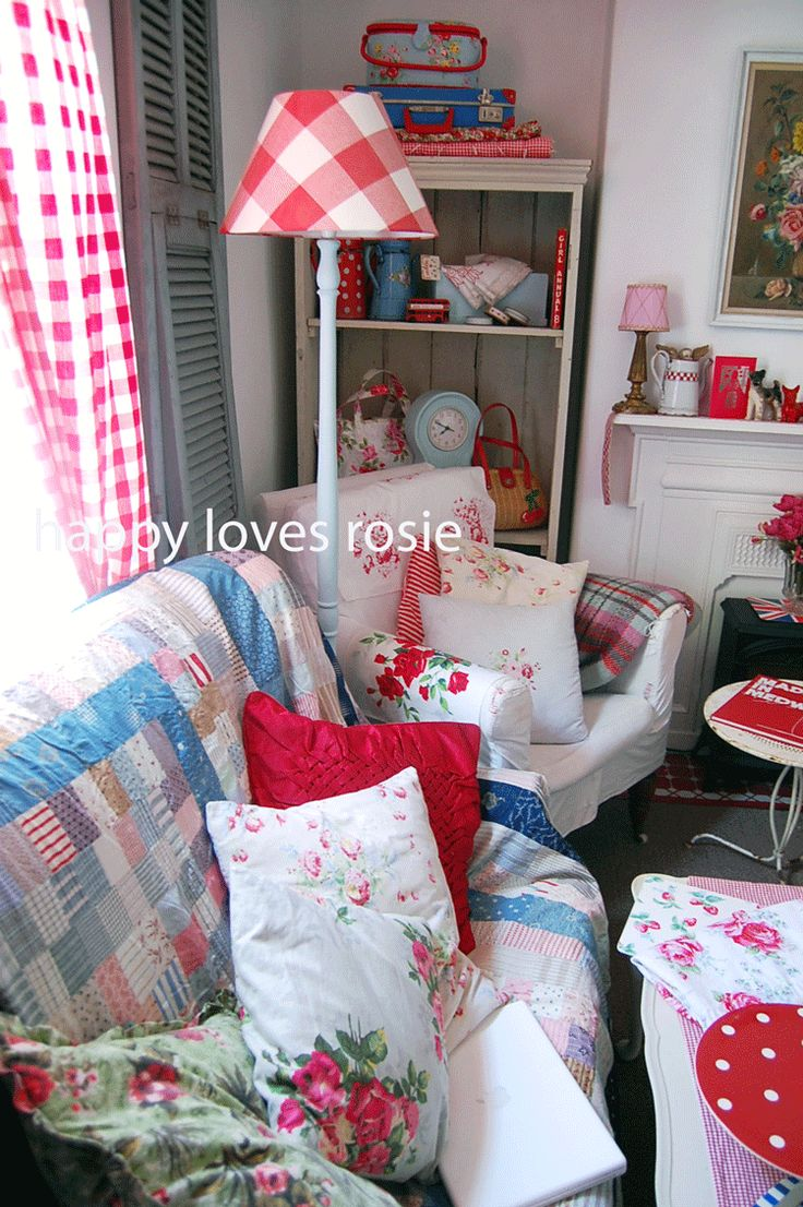 Embrace your inner brit with shabby chic interior design styles and - Happy Loves Rosie Christmas Shabby Chic British Style White With Blue And Red