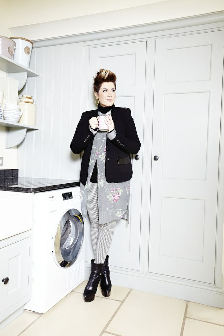 Gemma Sheppard's top tip: Remove laundry quicky.  Leaving laundry in the machine for long periods of time will cause excess creasing, damaging your garments. http://www.miele.co.uk/clothing-care/