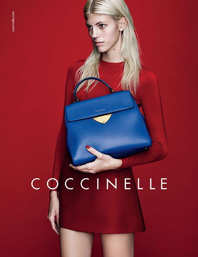 La nuova collezione borse Coccinelle, presentata per la primavera estate 2015, durante la quale viene lanciata la linea iconica B14, si rivela al pubblico come uno choc visivo che non necessita di ...