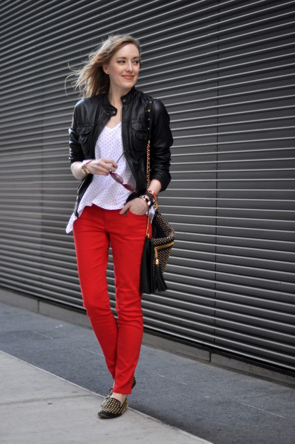 //Colors Pants, Colored Pants, Black Leather Jackets, Red Skinnies, Clothing Style, Red Jeans, Street Style, Black White, Casual Outfits