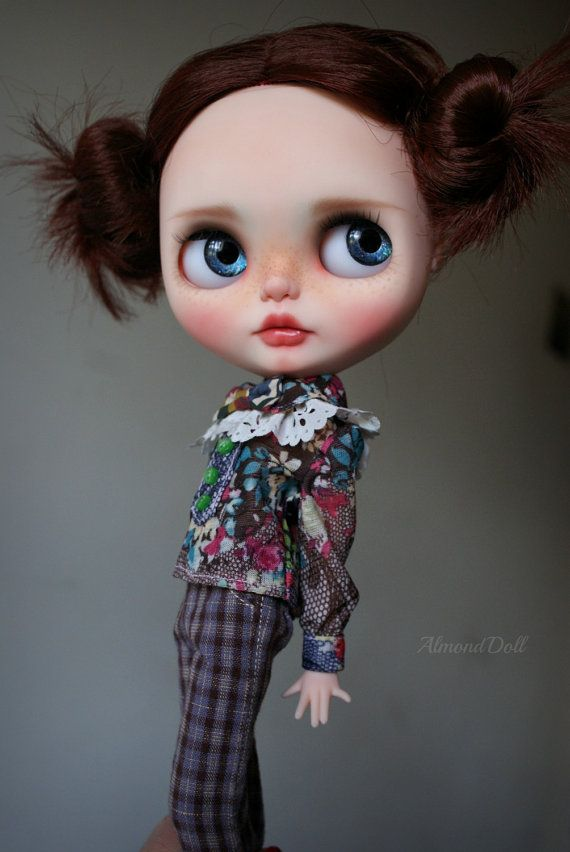 Clara zakázku OOAK blythe doll jedinečné umělecké panenky podle AlmondDoll