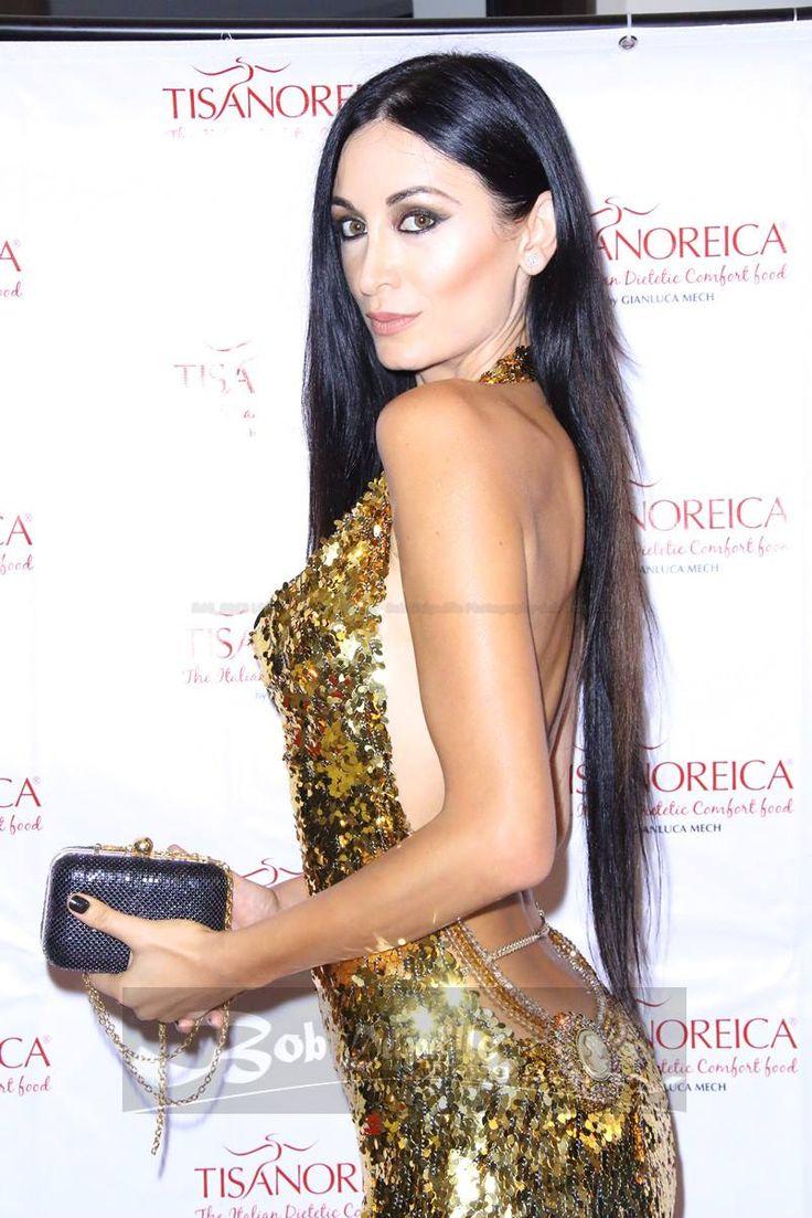 #reginasalpagarova #tisanoreica http://www.contactmusic.com/photo/regina-salpagarova-the-tisanoreica-diet-by-gianluca-mech-launch-party_4405324