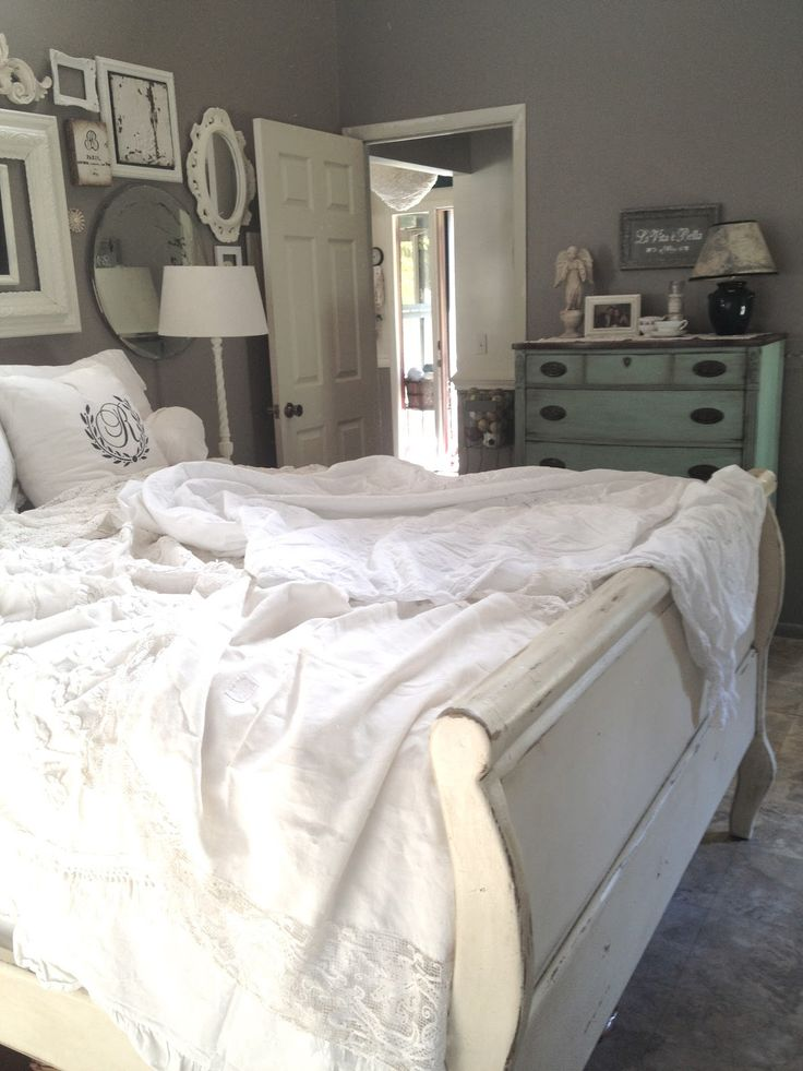 White linens, gray walls. This makes me want to paint my sleigh bed white!