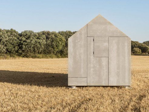 Prefab portable home from Spain is simple and elegant