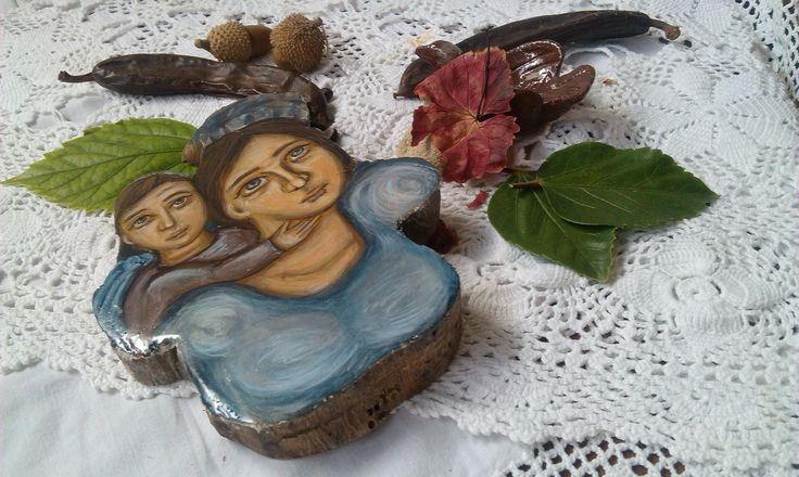 Fleeing from war-OOAK painting in olive wood- Mother and Child- art of Greece   Angelicon
