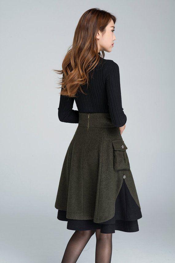 Jupe courte en laine, jupe d'hiver, jupe en couches, jupe patineuse, jupe femme, jupe en laine plissée, jupe patchwork, jupe verte 1627