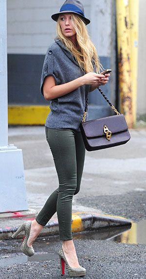 i love this outfit on Blake Lively... i want that sweater and those jeans (only $35 at old navy!!)