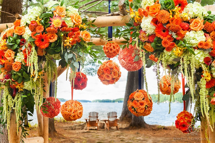 CLICK THIS PIN to see more Muskoka wedding photos. Muskoka weddings Sherwood Inn Muskoka, Decor & Floral by: Eventdecorator.com