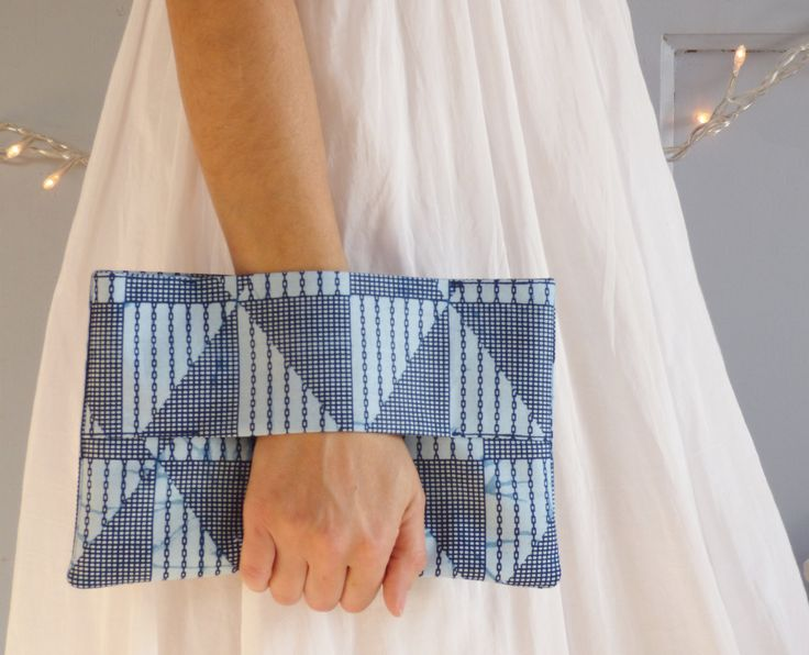 Pochette portefeuille originale faite de tissu africain wax