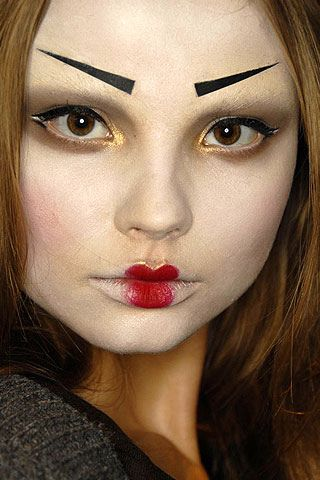 triangle eyebrows, tight lipstick. 012320071424217147 by palebeauty2, via Flickr