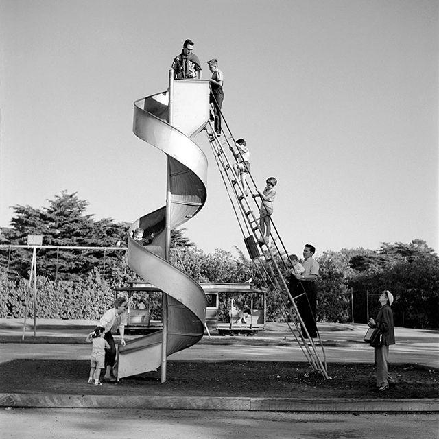 Vivian Maier - 1960s Rolleiflex street photography