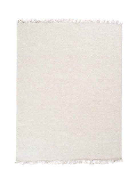Pelkistetty, yksivärinen matto sopii mainiosti skandinaaviseen sisustukseen.  <br/><br/> Käsinkudottu matto on 100 % villaa. Suositellaan kemiallista tasopesua pesulassa.