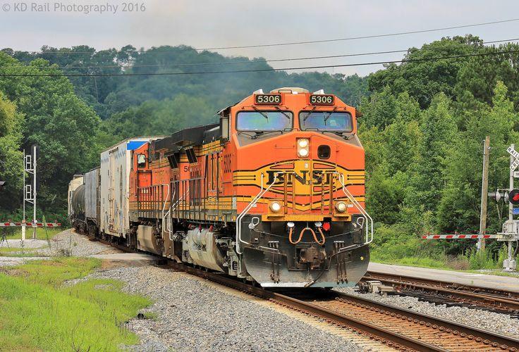 CSX Q58313 at Chattanooga, TN Chattanooga, Burlington