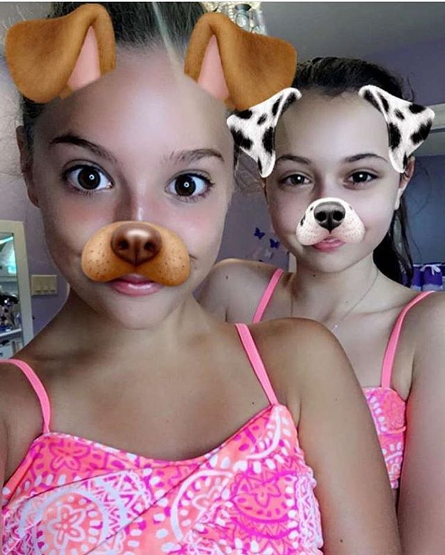 Kenzie & her friend Nina today! Don't ask me for Kenzies snapchat user, I…