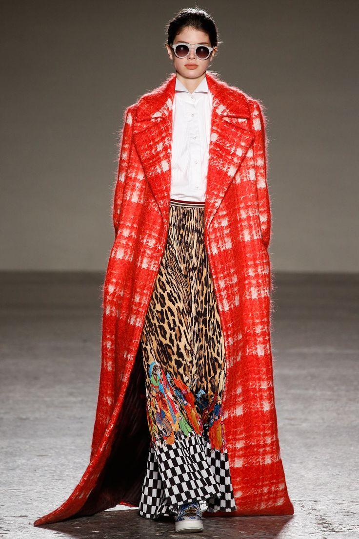 Stella Jean Fall 2015 Ready-to-Wear Fashion Show