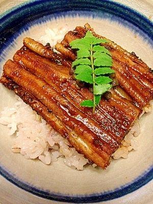 穴子のレシピ・作り方【簡単人気ランキング】|楽天レシピ ホクホク絶品☆国産の焼き穴子丼