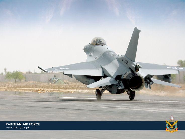 Pakistan Air Force F-16 Aircraft Taking Off Wallpaper