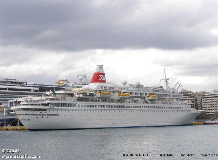Το Black Watch πλευρισμένο στον Πειραιά. 02/04/2011.