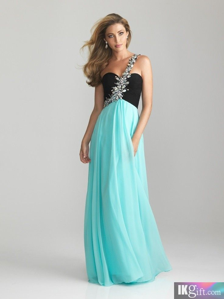 451 Best Dresses Images On Pinterest Quinceanera Prom Dresses And