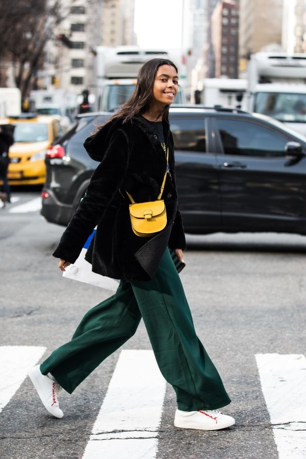 798999e29390 Street style from New York Fashion Week Fall Winter 2018-2019 en ...