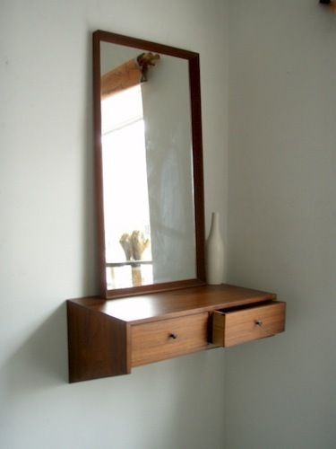 Flying Vanity - need no space but wall (^_^): Modern Vanities, Bedrooms Vanities, Danishes Bedrooms, Apartment Therapy, Master Bedrooms, Mirror Vanities, Danishes Modern, Danish Modern, Danishes Furniture