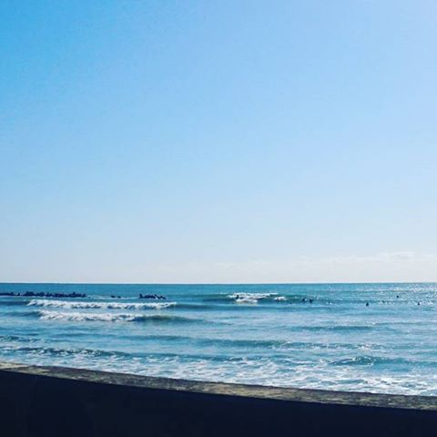【naminori_banchou】さんのInstagramをピンしています。 《#海#波#波乗り#波チェック#sea#surfing#旧かん》