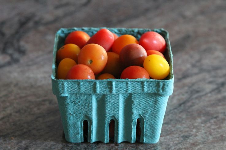 heirloom tomatoes, teal carton