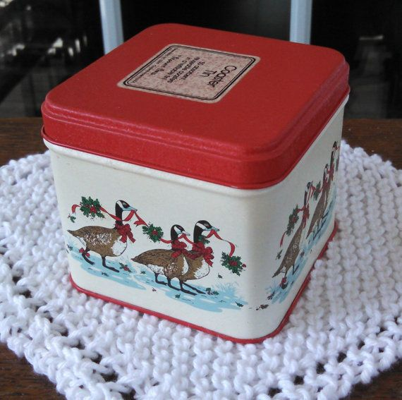 Vintage Coaster Tin-Potpourri Press-Christmas by 360VintageStyle
