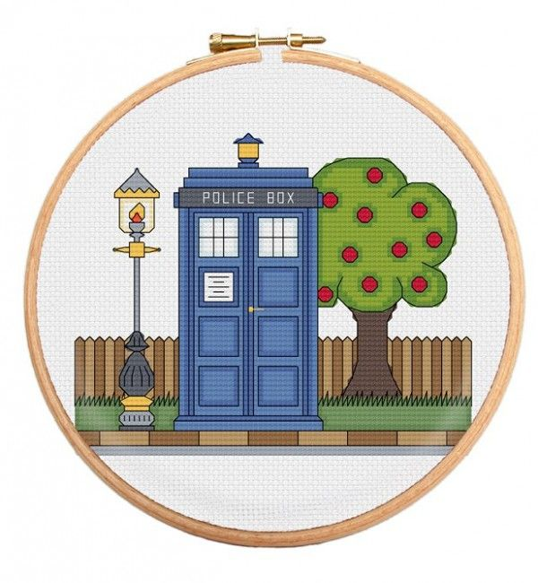 Police Box Cross Stitch Pattern Inspired by Doctor Who http://stitchme.gifts/product/police-box-cross-stitch-pattern-inspired-by-doctor-who/