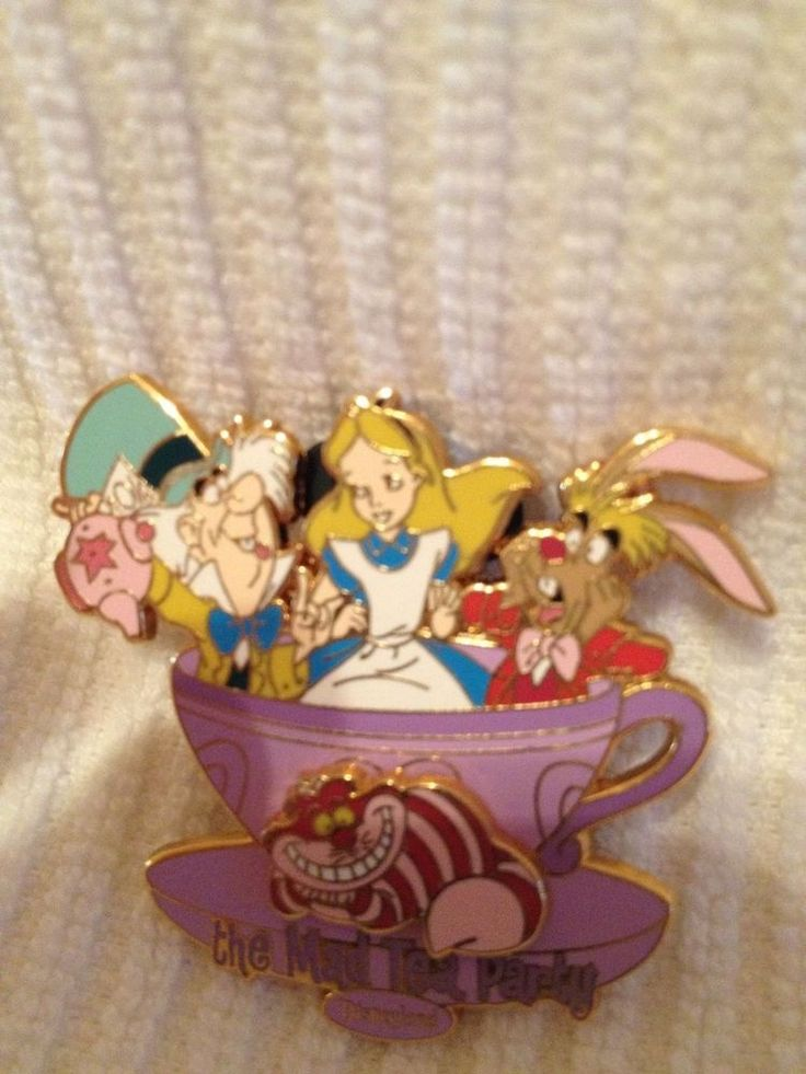Disney Trading Pin 3D Alice In Wonderland Mad Tea Party 2005 Pin