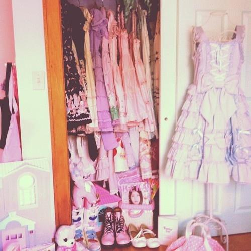 lolita pastel closet