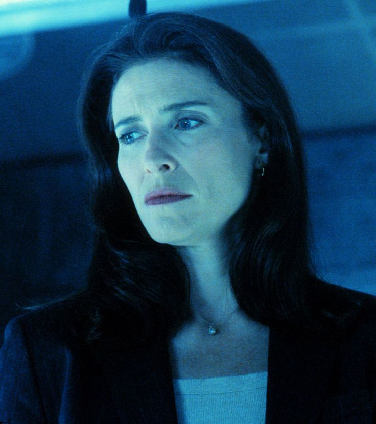 """Mimi Rogers X-Files 