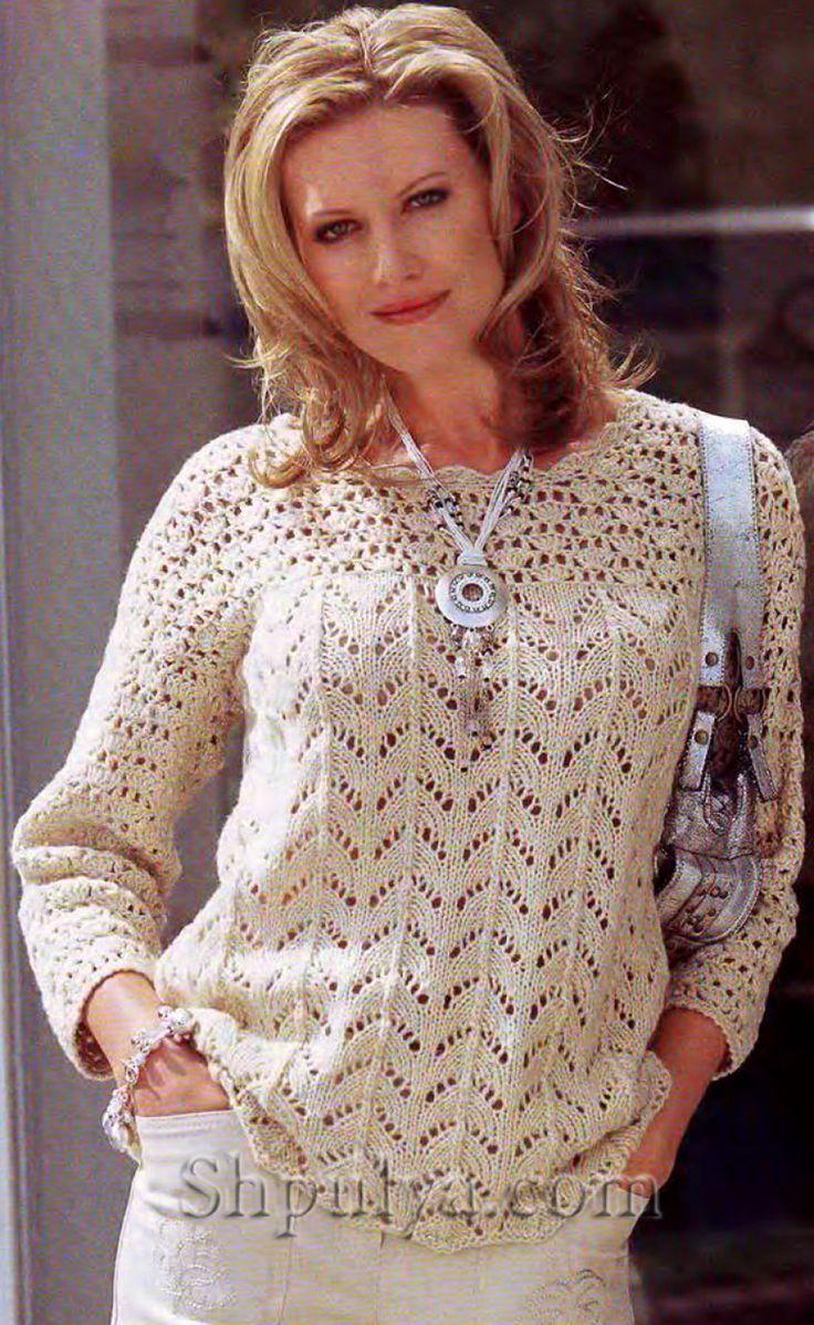 Вязаный ажурный пуловер с кокеткой спицами и крючком