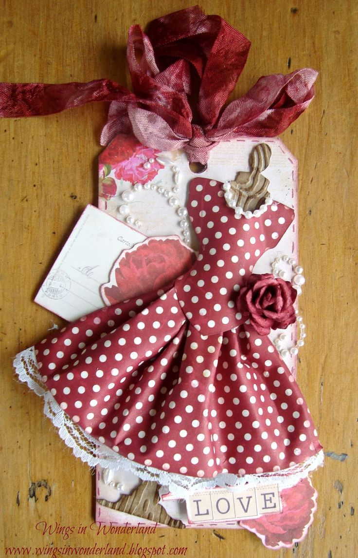 paper dress - gift tag